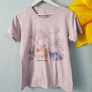 """Winnie the Pooh """"a bother free day"""" t-shirt size L"""